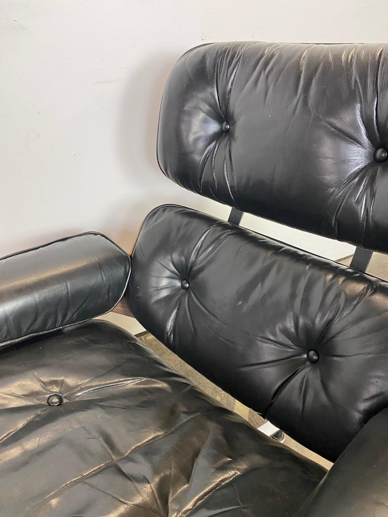 Herman Miller Eames Lounge Chair and Ottoman For Sale 10