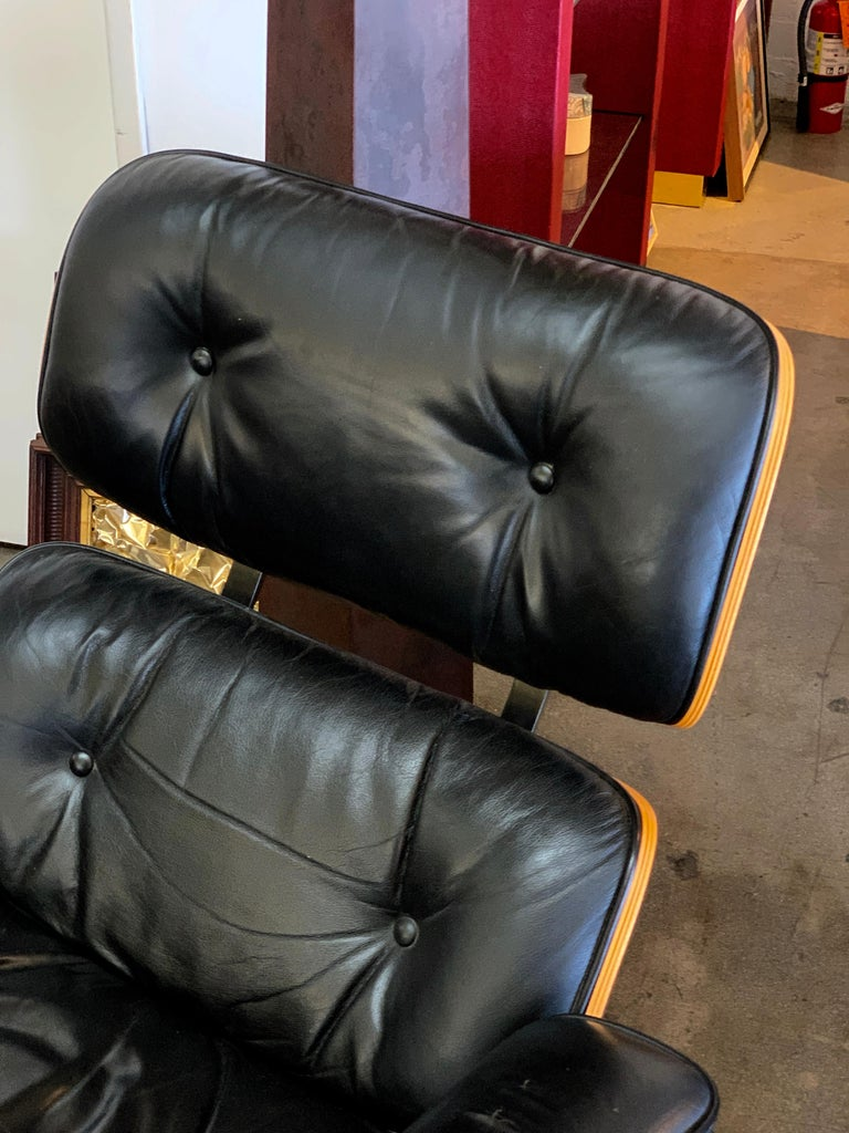 American Tall Herman Miller Eames Lounge Chair and Ottoman For Sale
