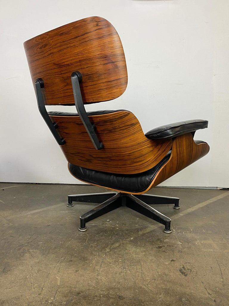 Leather Herman Miller Eames Lounge Chair and Ottoman For Sale