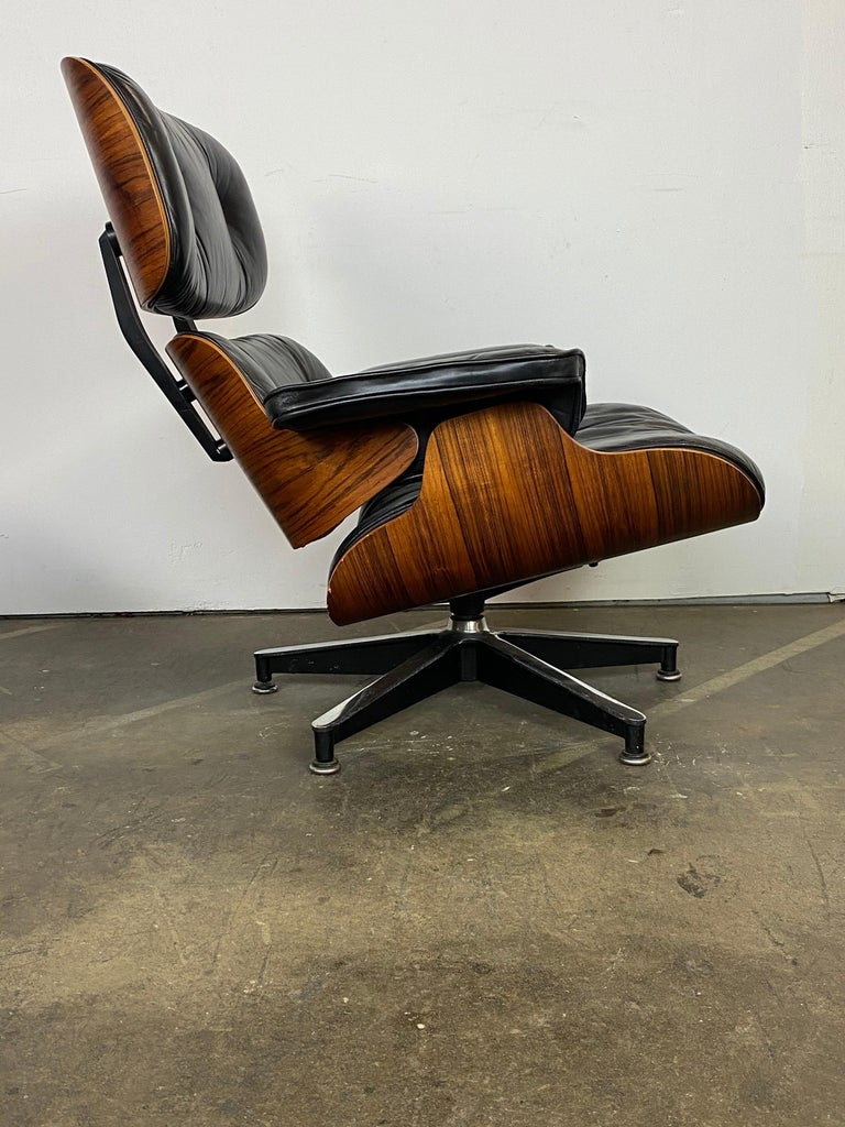 Herman Miller Eames Lounge Chair and Ottoman For Sale 1