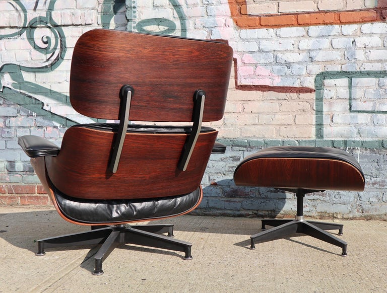 Herman Miller Eames Lounge Chair and Ottoman in Rosewood 11