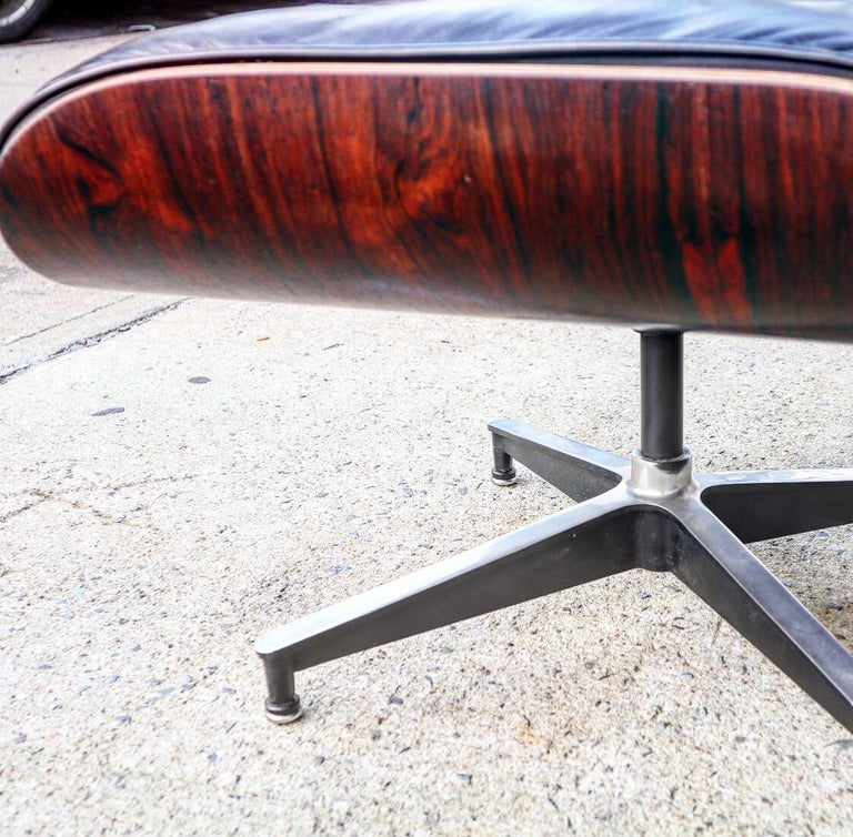 Herman Miller Eames Lounge Chair and Ottoman in Rosewood 13