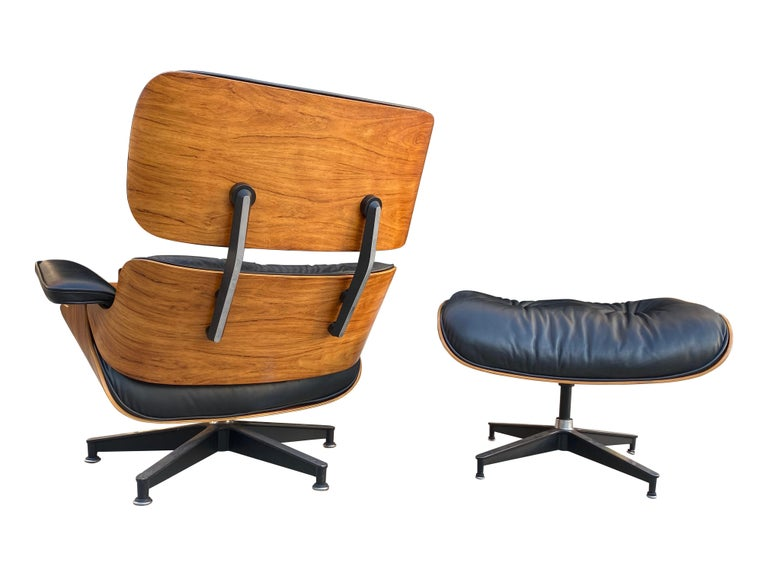 Herman Miller Eames Lounge Chair and Ottoman with Black Leather For Sale 9