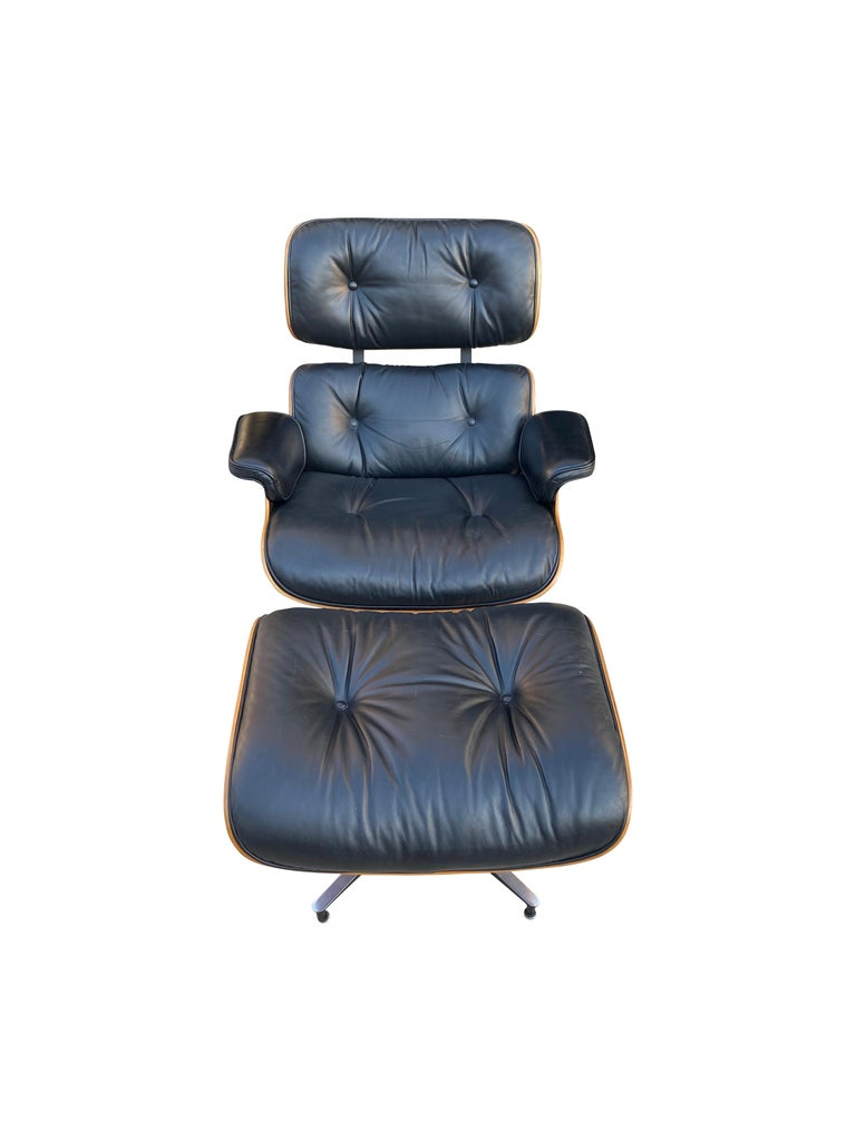 Herman Miller Eames Lounge Chair and Ottoman with Black Leather For Sale 20