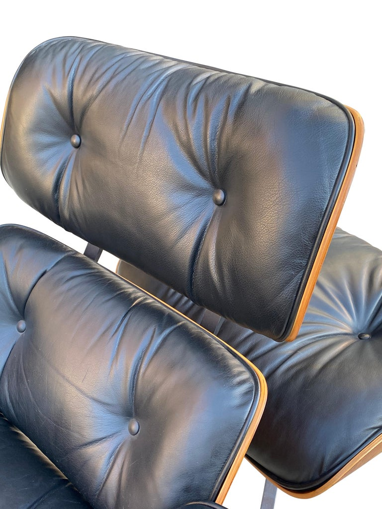 Herman Miller Eames Lounge Chair and Ottoman with Black Leather For Sale 26