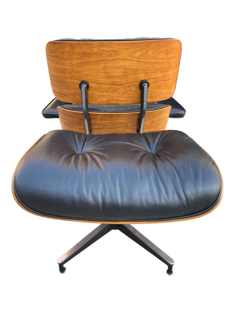 Herman Miller Eames Lounge Chair and Ottoman with Black Leather For Sale 2