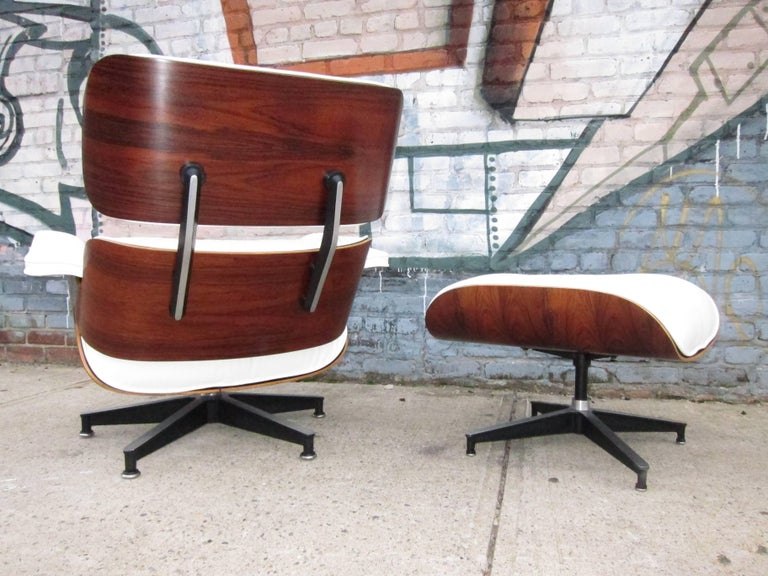 Mid-Century Modern Herman Miller Eames Lounge Chair and Ottoman with New Perfect Custom Leather For Sale