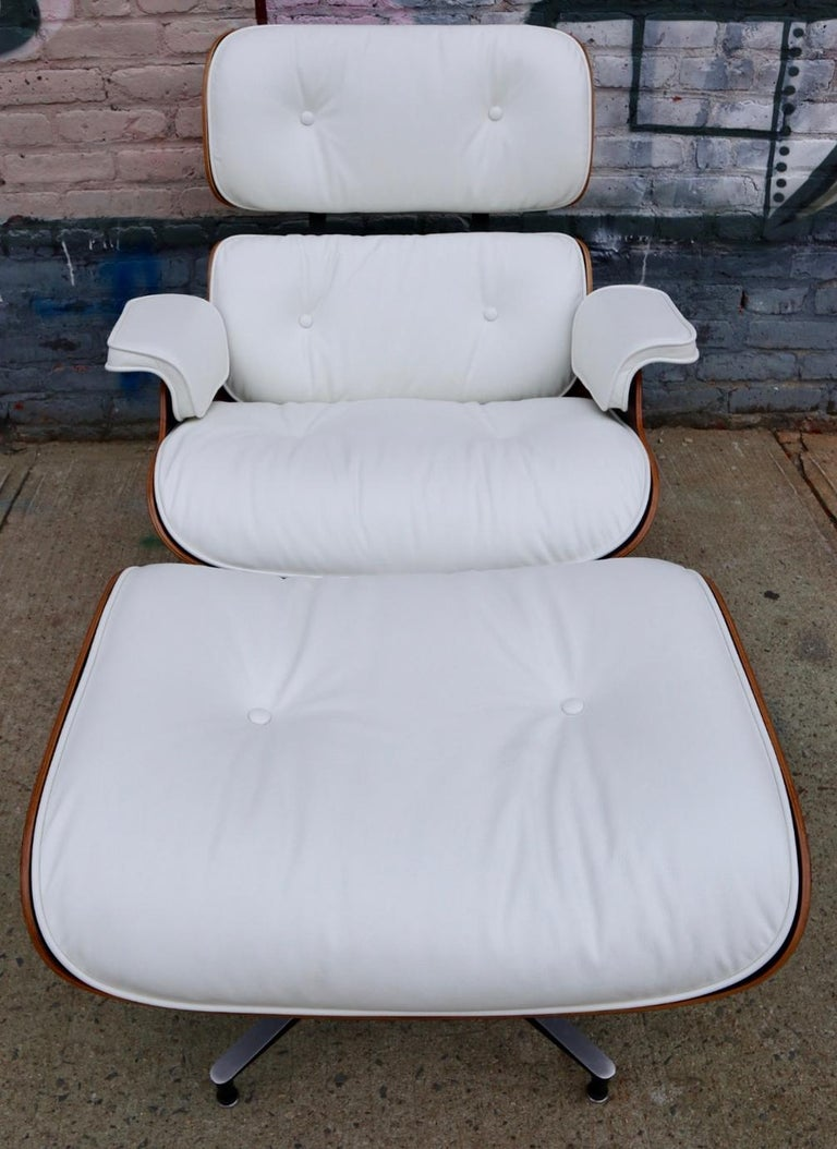 Herman Miller Eames Lounge Chair and Ottoman with New Perfect Custom Leather For Sale 3