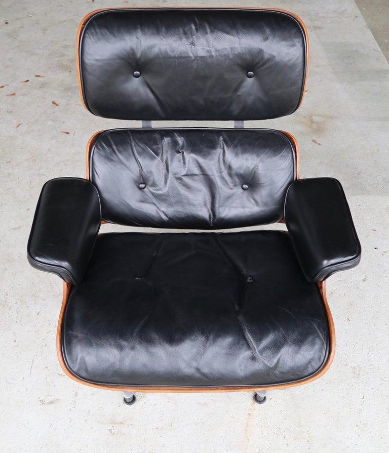 Mid-Century Modern Herman Miller Eames Lounge Chair in Rosewood