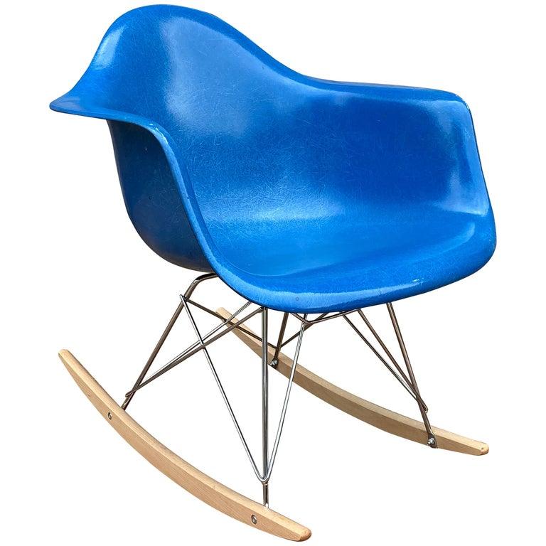 Herman Miller Eames Mode RAR Rocker in Ultramarine Blue For Sale