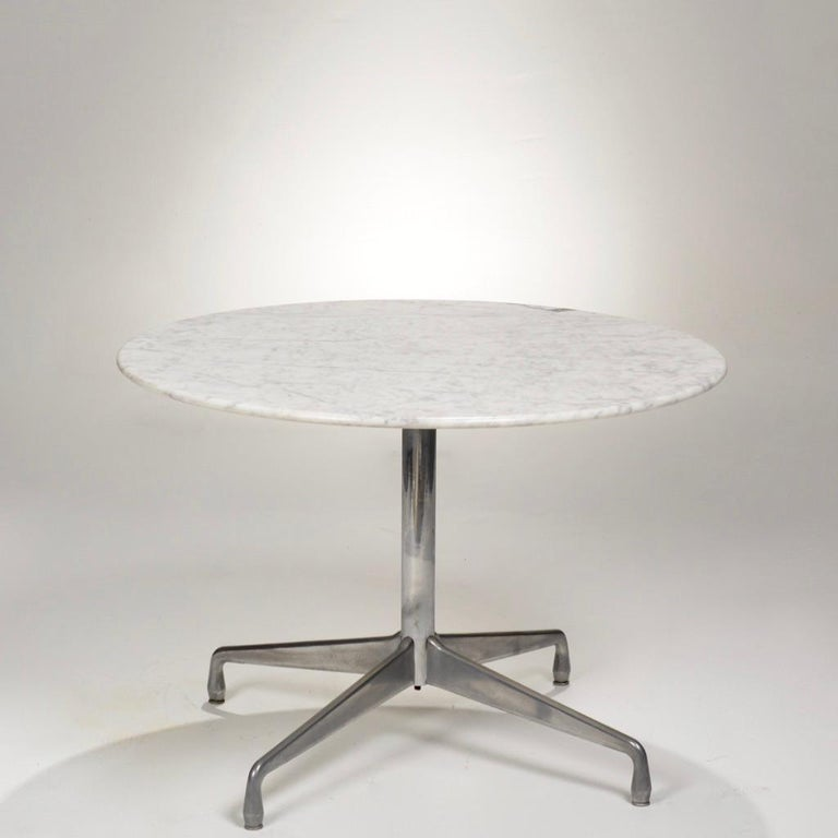 Aluminum Herman Miller Eames Round Carrara Marble-Top Dining Table For Sale