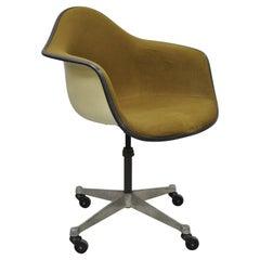 Herman Miller Fiberglass Shell Upholstered Swivel Office Desk Chair on Wheels