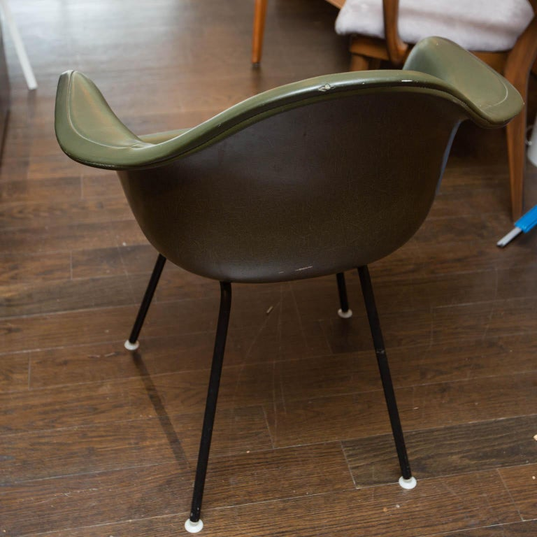 Herman Miller Shell Chair For Sale 1