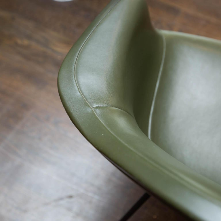 Herman Miller Shell Chair For Sale 2