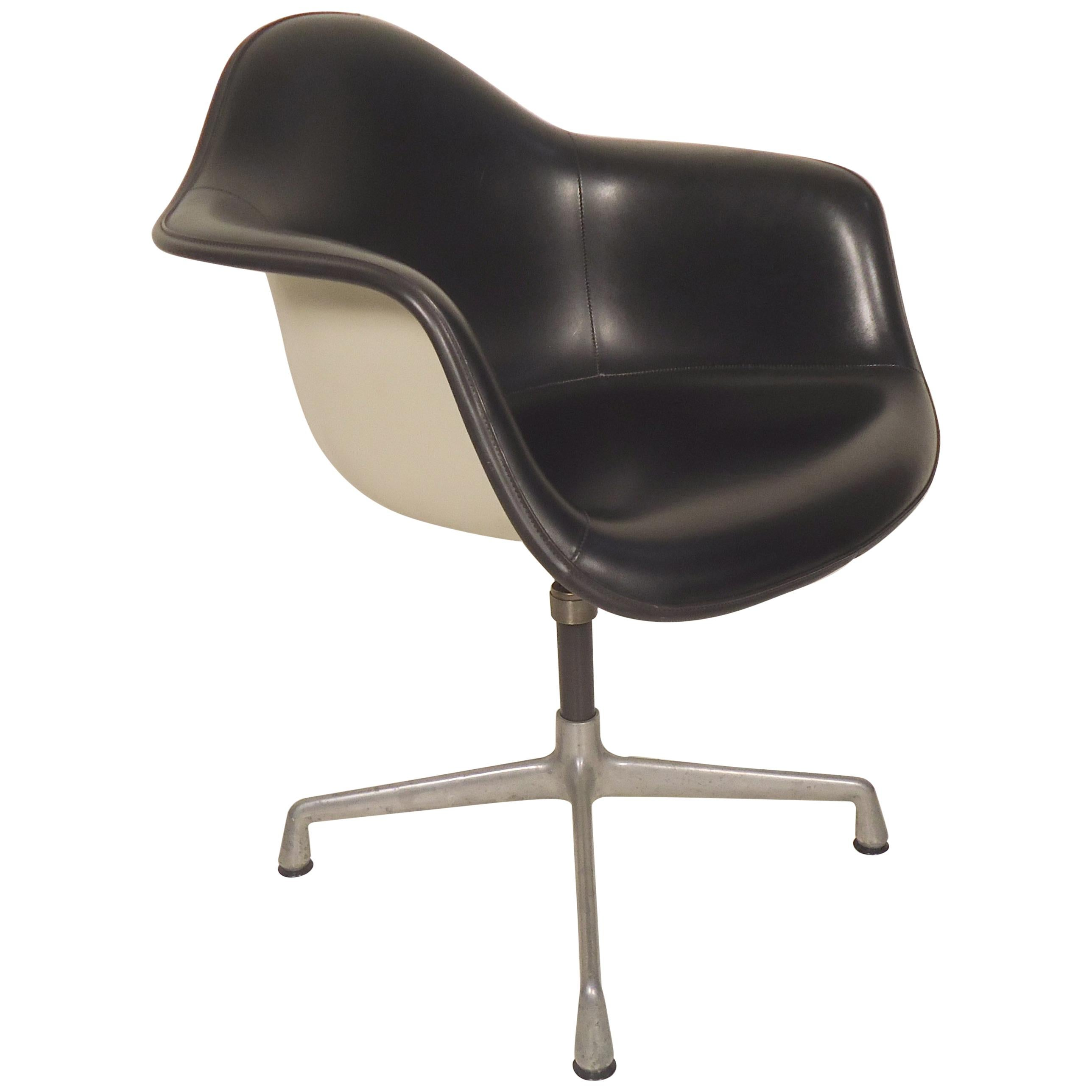 Herman Miller Shell Chair