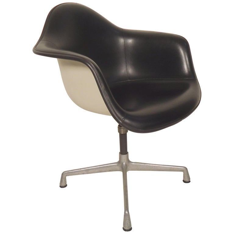 Herman Miller Shell Chair For Sale