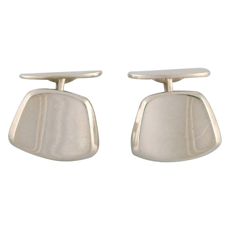 Hermann Siersbøl, Denmark, a Pair of Modernist Cufflinks in Sterling Silver For Sale