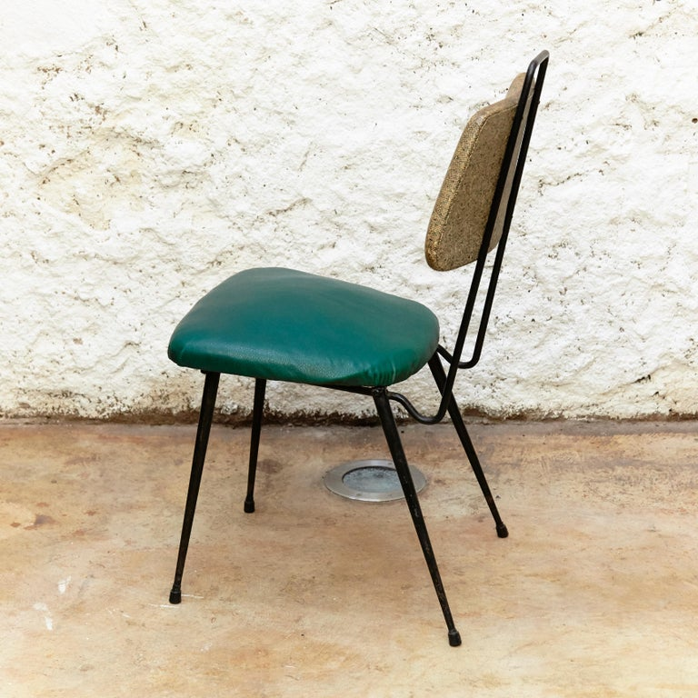Spanish Hermanos Vidal Skie and Lacquered Metal Mid-Century Modern Chair, circa 1950 For Sale