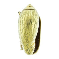 Hermes 18 Karat Gold Seashell Brooch