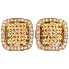 Hermès 18 Karat Yellow Gold 1.25 Carat Diamond Cushion-Shaped Clip-On Earrings