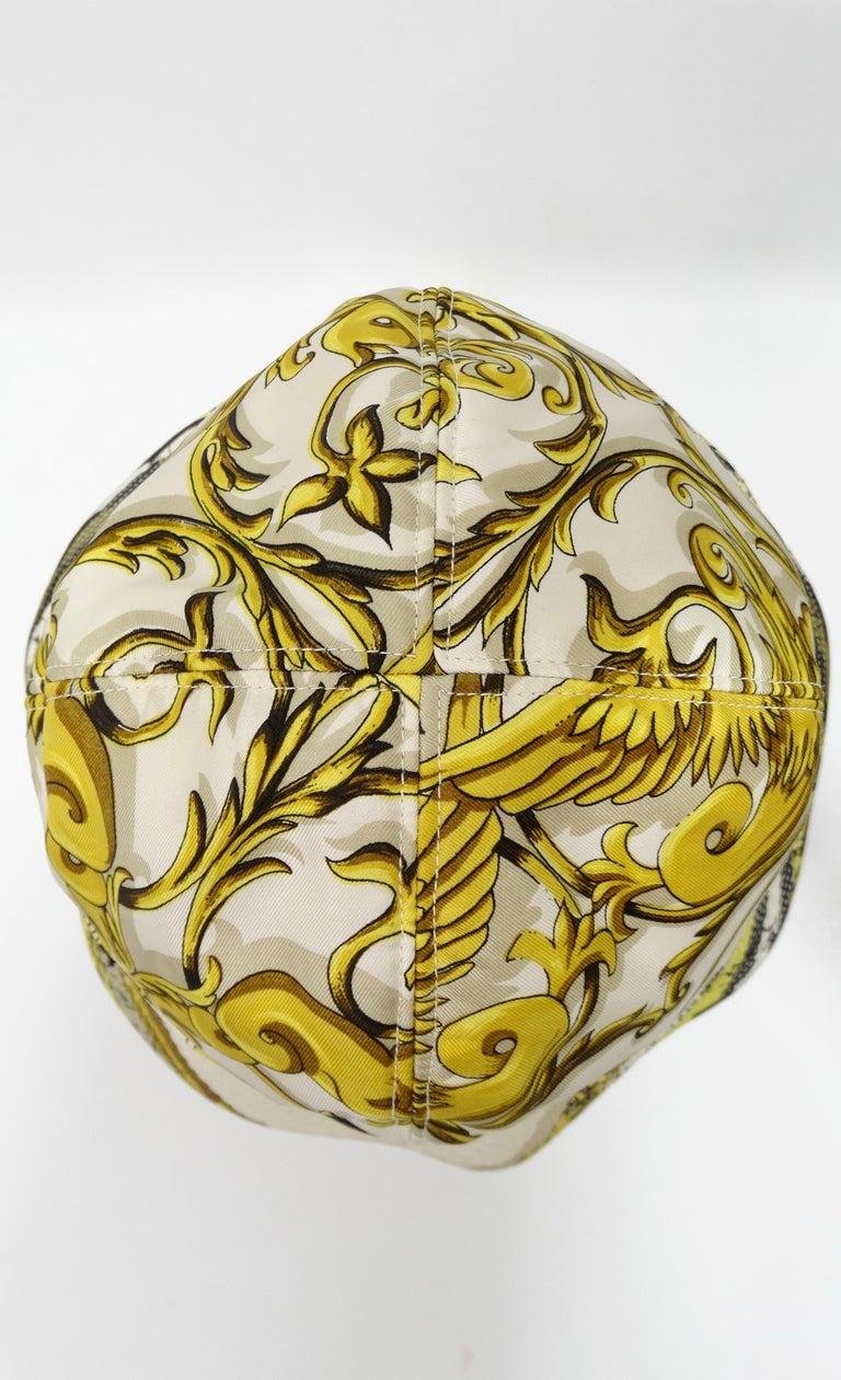 Hermés 1970s Astrology Bucket Hat  For Sale 5