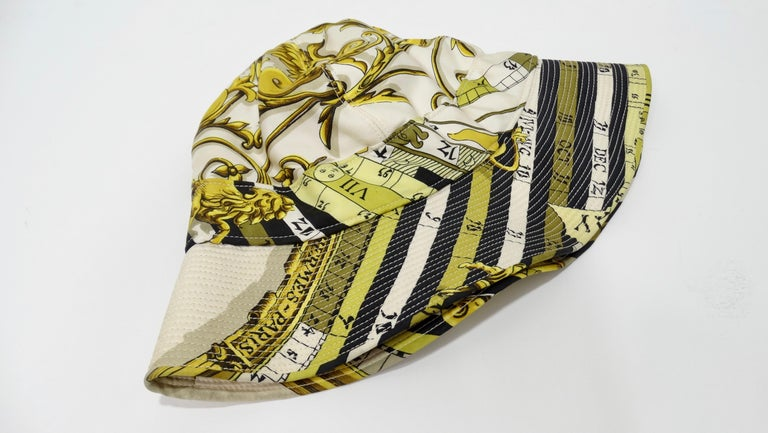 Hermés 1970s Astrology Bucket Hat  In Good Condition For Sale In Scottsdale, AZ