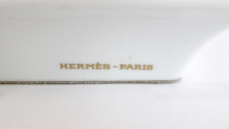 Hermés 2000s Decorated Cheval Horse Porcelain Tray In Good Condition For Sale In Scottsdale, AZ