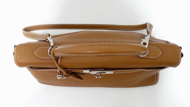 Hermès 2005 Kelly Retourne 35cm Gold Togo Leather  In Good Condition In Scottsdale, AZ