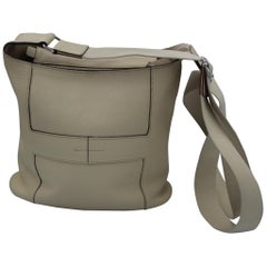 Hermes 2008 Good News messenger Bag in beige Clemence Leather