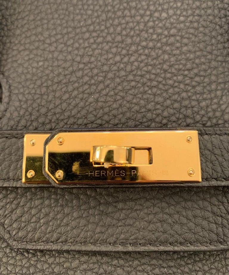Hermes 2016 Black Togo Leather 35cm Birkin Bag w. Gold Hardware For Sale 3