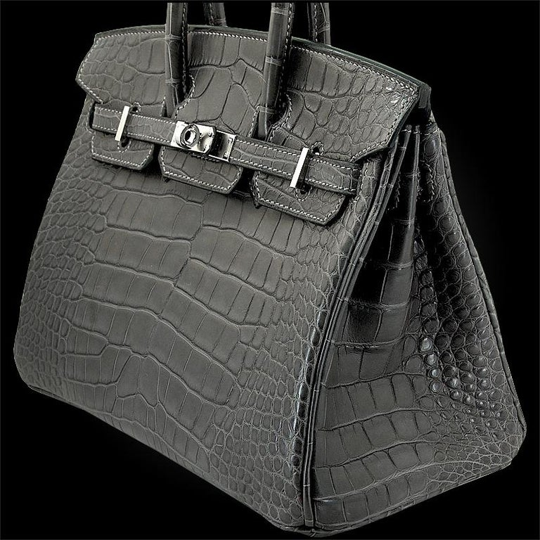 HERMES 25 cm Alligator Graphite Birkin Bag In New Condition For Sale In New York, NY
