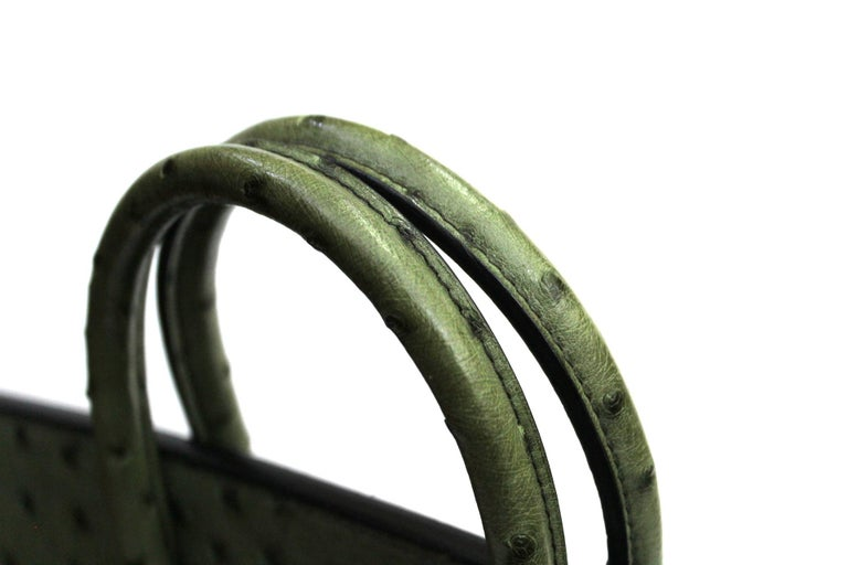Women's Hermes 30 cm Green Leather Birkin Bag For Sale