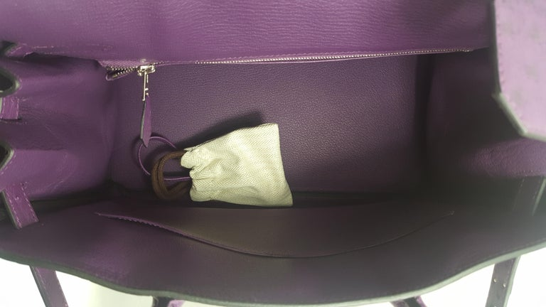 Women's Hérmes 30cm Violet Ostrich Birkin Bag For Sale