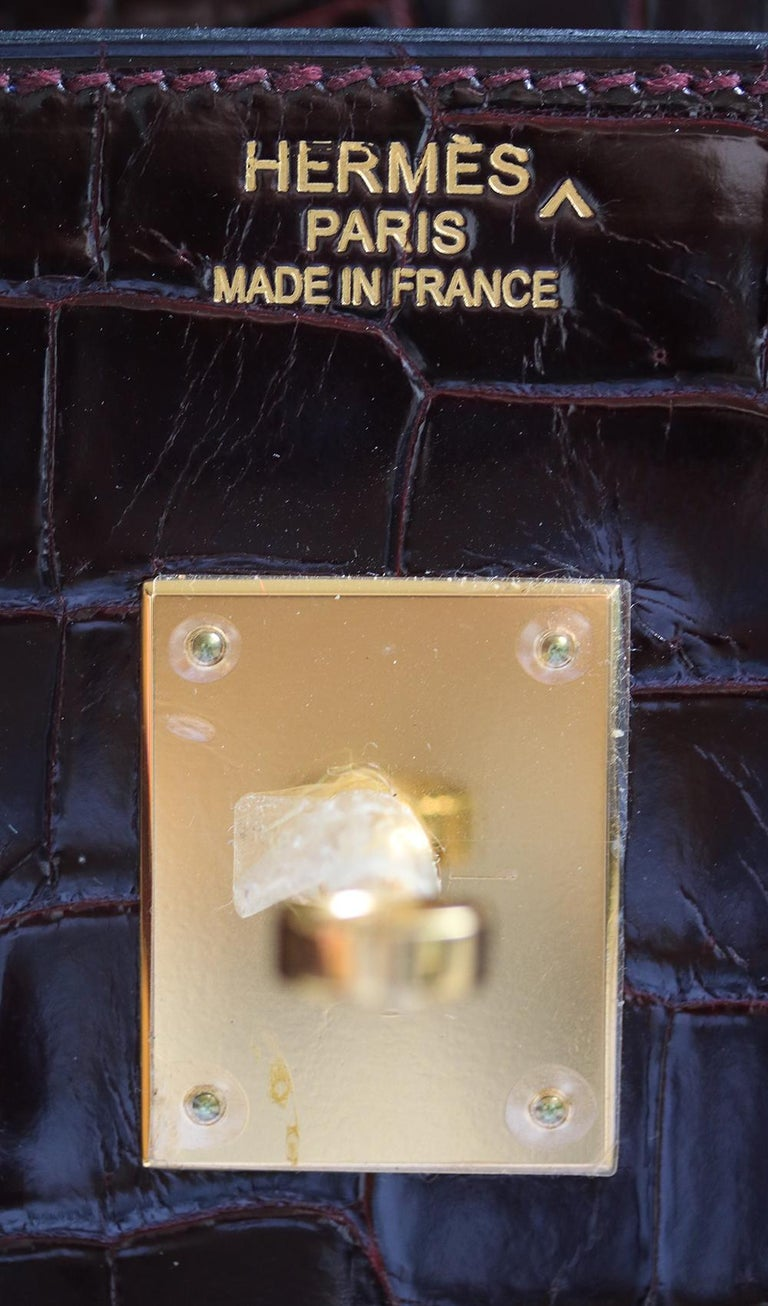 Hermès 35cm Burgundy Porosus Crocodile Gold H/W Birkin Bag  For Sale 5