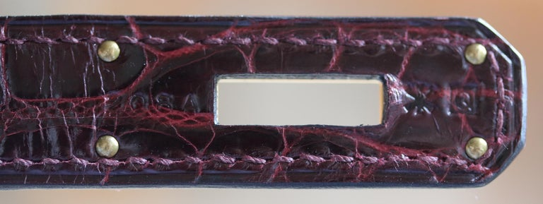 Hermès 35cm Burgundy Porosus Crocodile Gold H/W Birkin Bag  For Sale 4