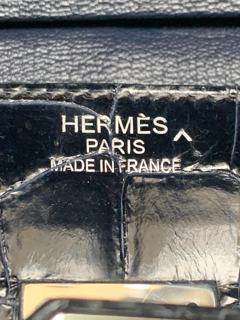 Women's HERMES 35cm Crocodile Dark Blue Birkin Bag For Sale
