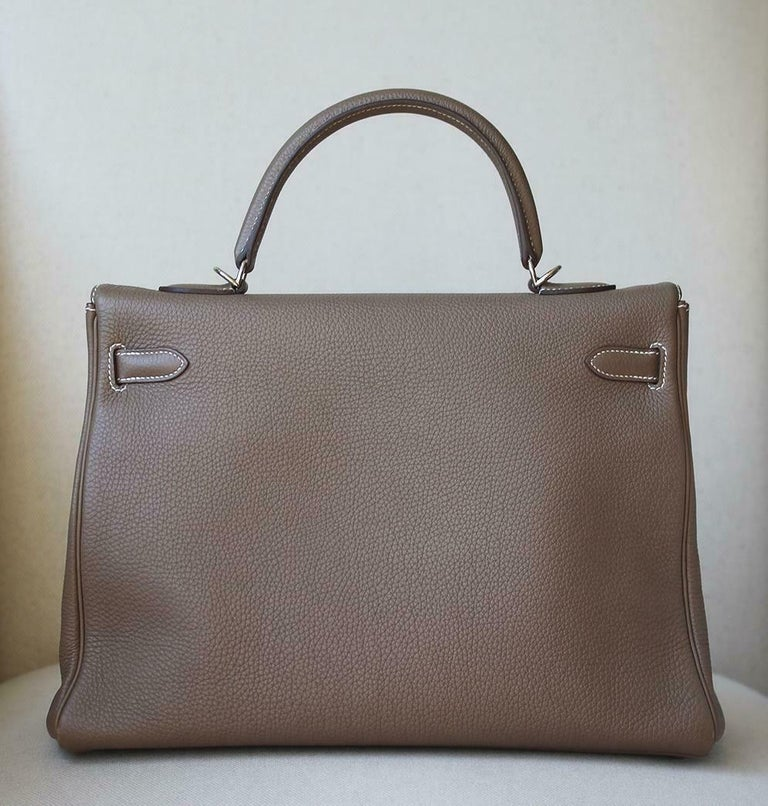 Women's or Men's Hermès 35cm Etoupe Togo Palladium H/W Kelly Retourne Bag  For Sale