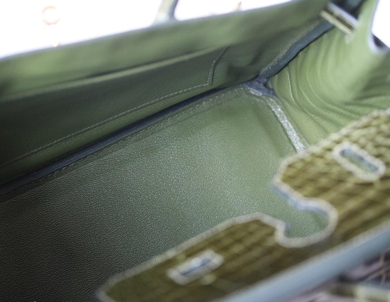 Hermès 35cm Vert Porosus Crocodile Gold H/W Birkin Bag For Sale 5