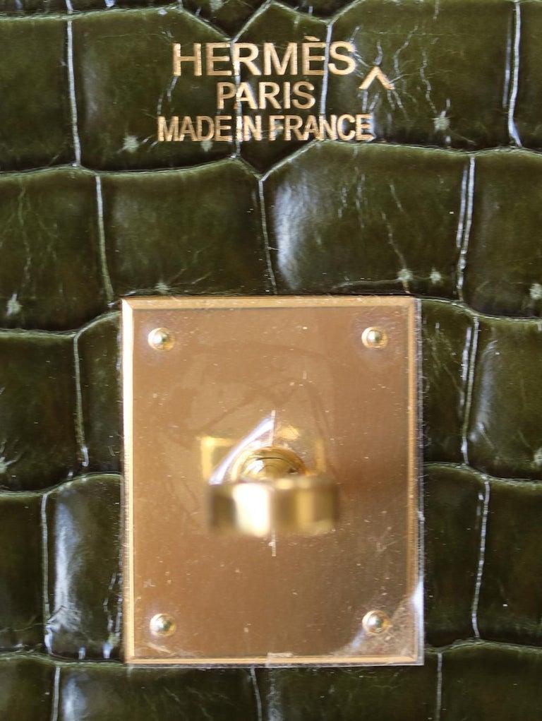 Hermès 35cm Vert Porosus Crocodile Gold H/W Birkin Bag For Sale 4