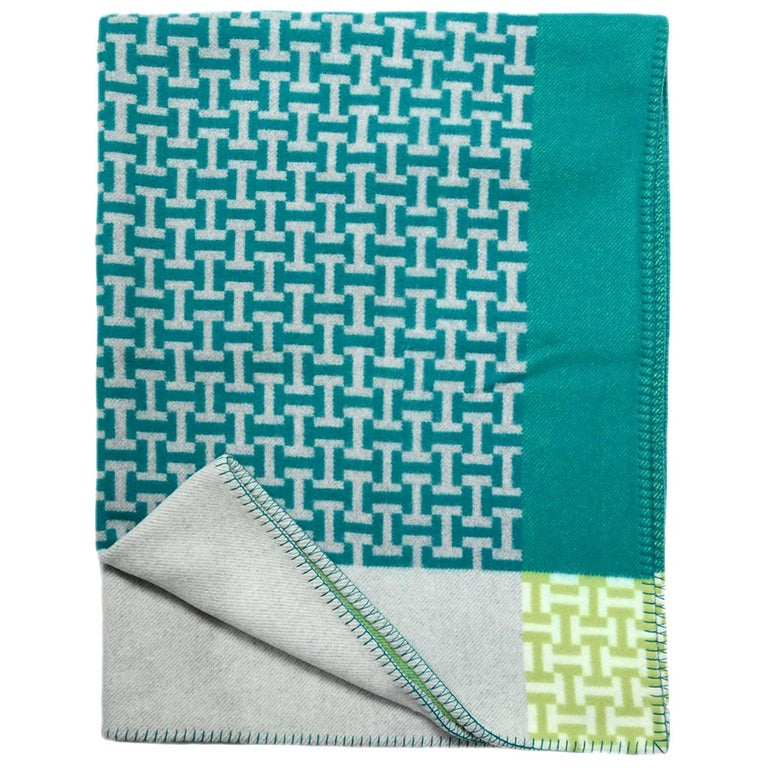 Hermes Aloe Vera Green Avalon Terre d'H Wool & Cashmere Throw Blanket For Sale