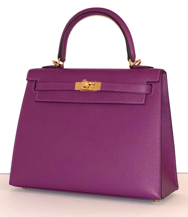 Purple Hermes Anemone Kelly 25  Epsom Sellier Bag Gold Hardware For Sale
