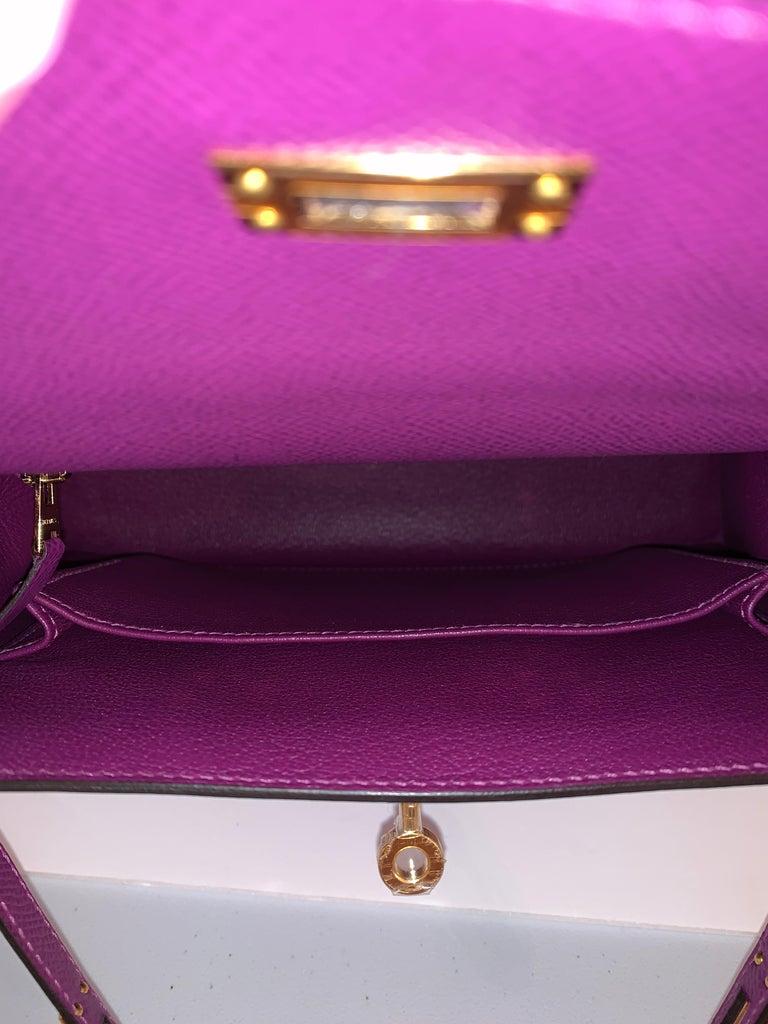 Hermes Anemone Kelly 25  Epsom Sellier Bag Gold Hardware For Sale 3