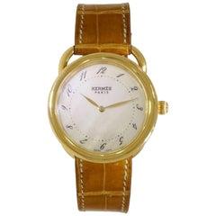 Hermès Arceau 18 Karat Yellow Gold Wristwatch