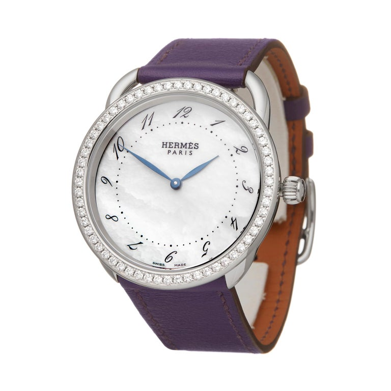 Reference: W6010 Manufacturer: Hermès Model: Arceau Model Reference: AR5730 Age: Circa 2010's Gender: Women's Box and Papers: Box Only Dial: Mother Of Pearl Arabic Glass: Sapphire Crystal Movement: Quartz Water Resistance: To Manufacturers