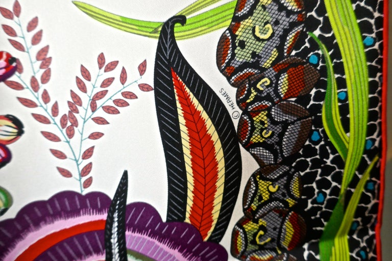 "HERMÈS Ardmore Artists design ""Flowers of South Africa"" 100% Silk Scarf, 2016 For Sale 2"