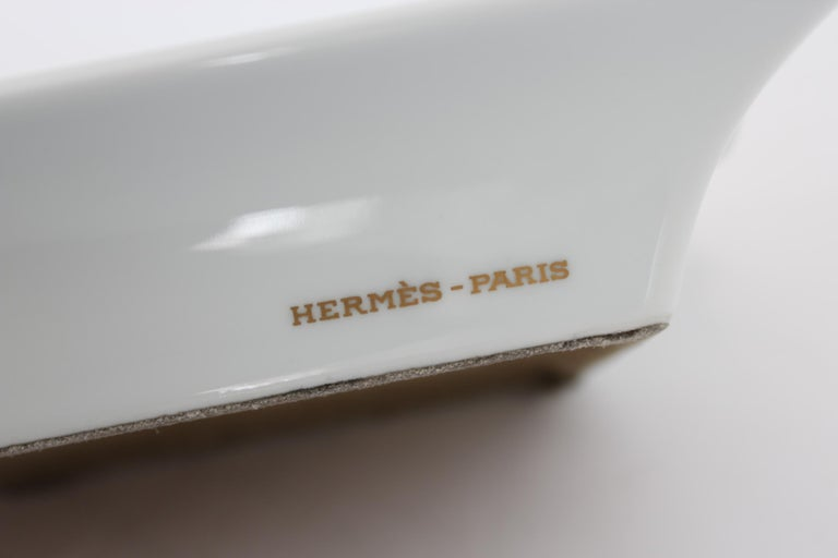 Hermes Ashtray Porcelain Equestrian White Gold Theme Horse 1990s  For Sale 2