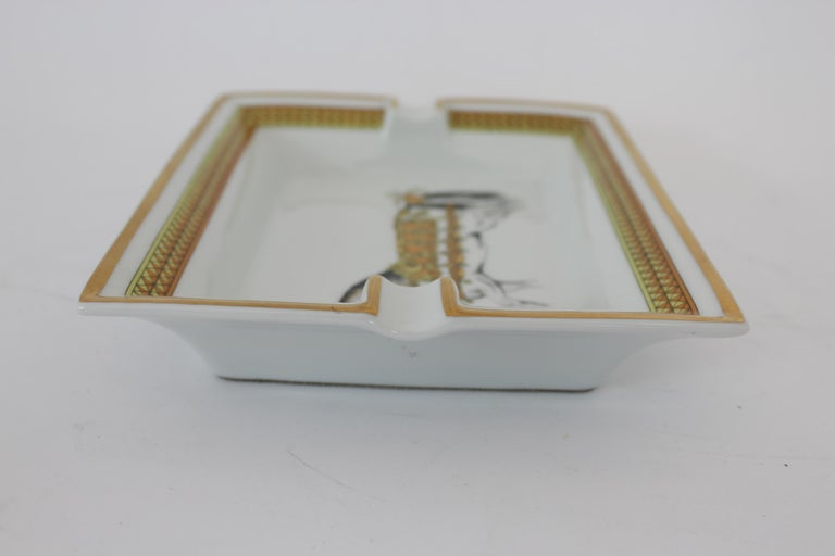 Hermes Ashtray Porcelain Equestrian White Gold Theme Horse 1990s  For Sale 4
