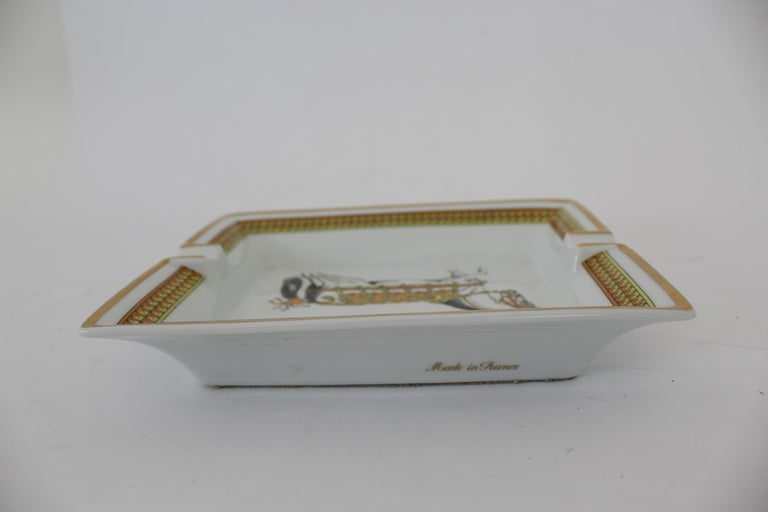 Hermes Ashtray Porcelain Equestrian White Gold Theme Horse 1990s  For Sale 5