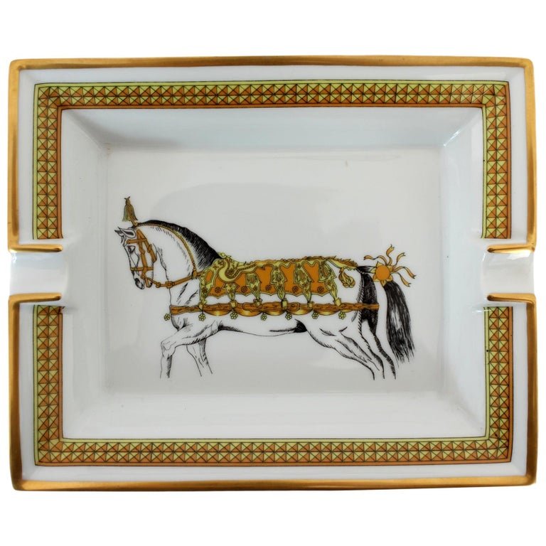 Hermes Ashtray Porcelain Equestrian White Gold Theme Horse 1990s  For Sale