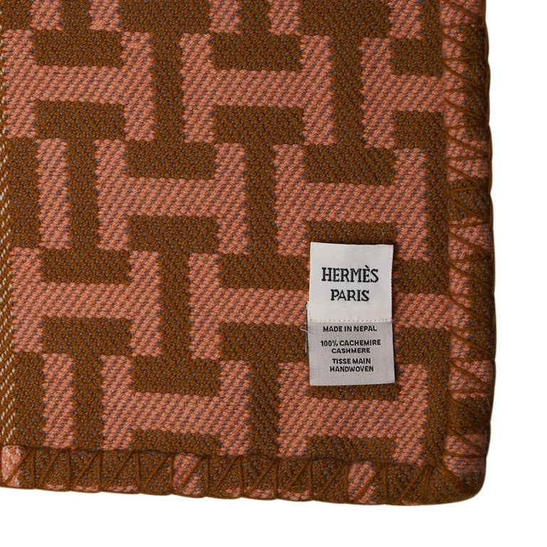 Hermes Avalon Terre D'H Blanket Corail Hand Woven Cashmere New wBox For Sale 11